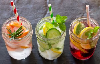 Water With Fruit to Drink